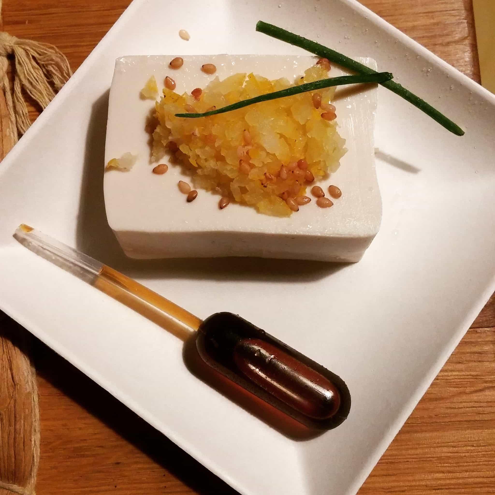momen'thé tofu pipette sauce soja entrée
