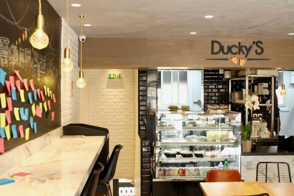 ducky's restaurant street food paris montparnasse bao burger canard laqué