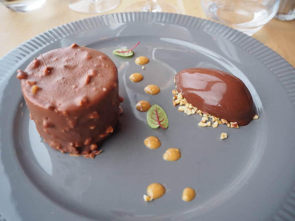 Rocher chocolat noisette là haut restaurant suresnes