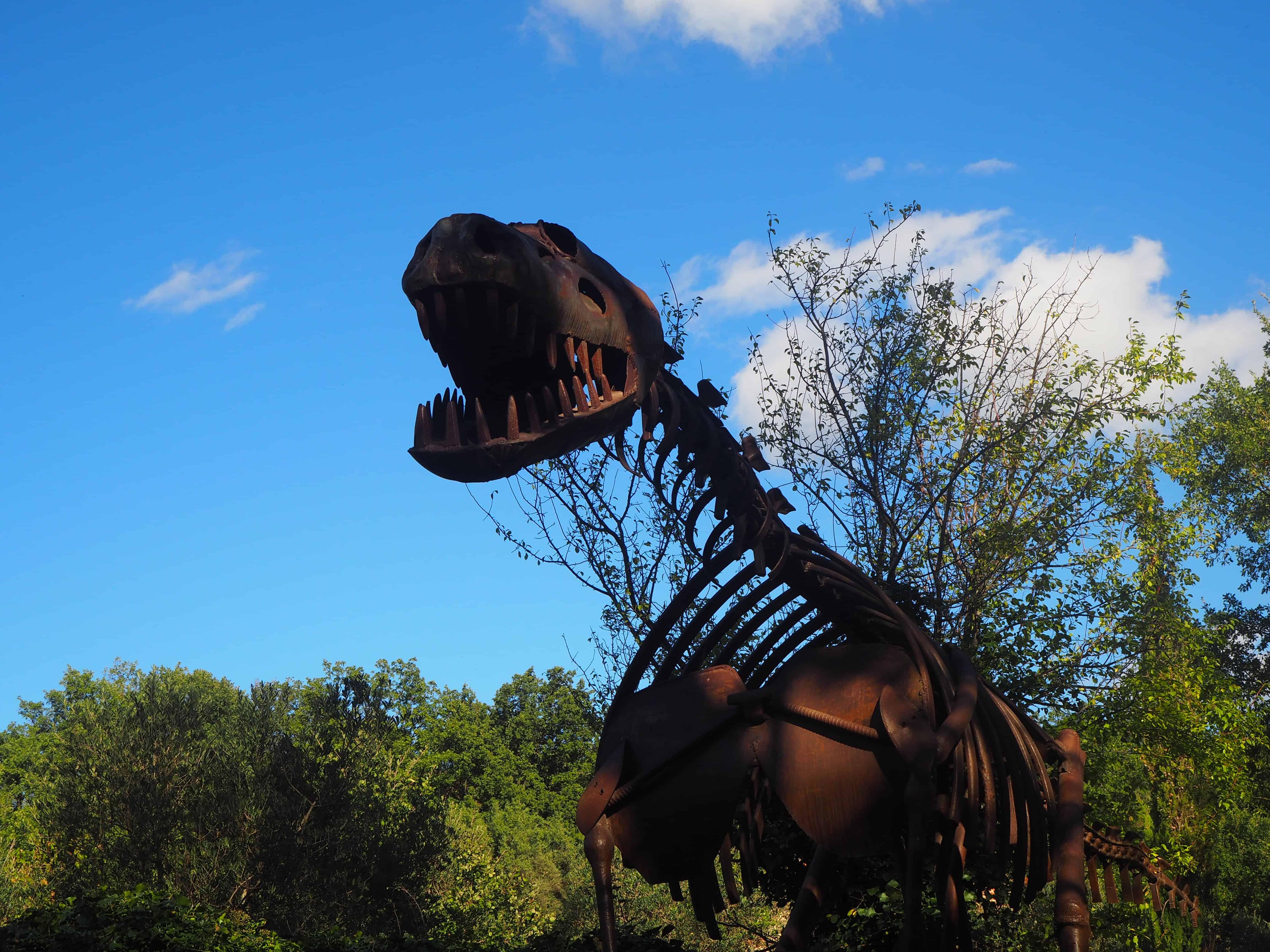 dinosaure ille sur tet