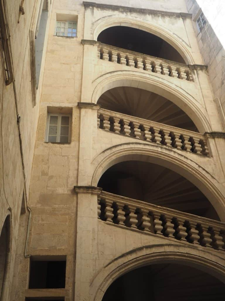 escaliers hôtels particuliers montpellier